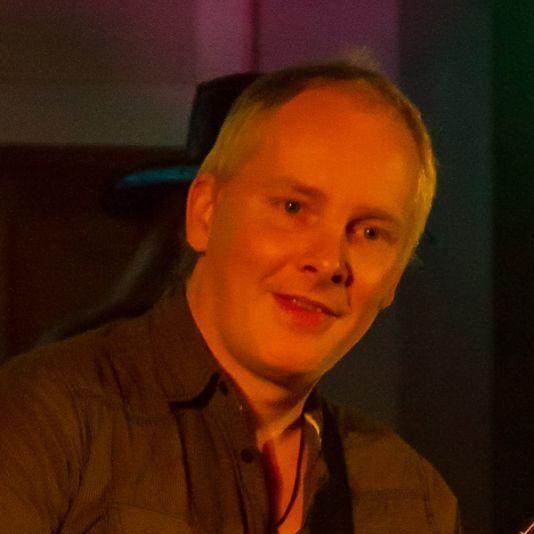 Detlef Koester Fotografie live concert Konzert Chilled Peppers Sven Hemsley